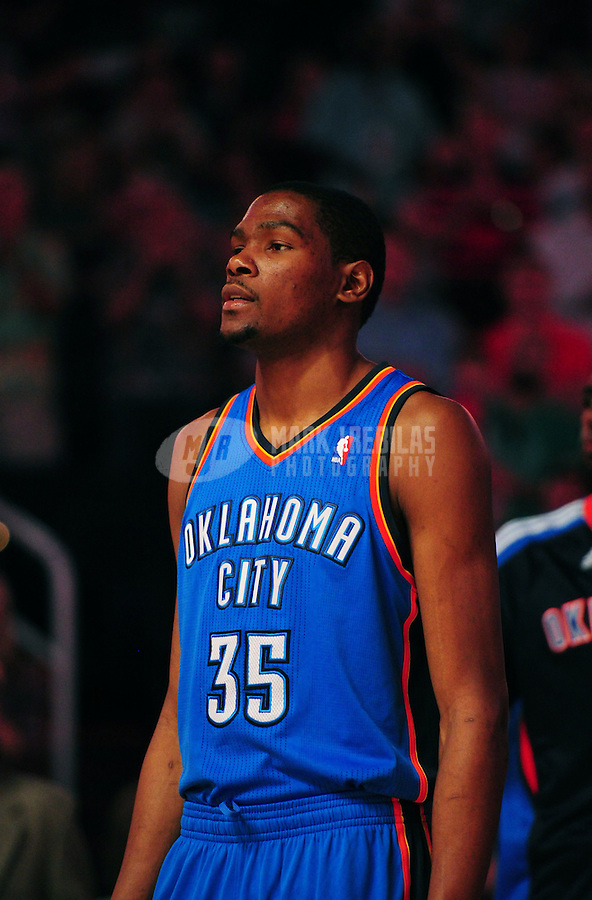 Mar. 30, 2011; Phoenix, AZ, USA; Oklahoma City Thunder forward (35) Kevin Durant prior to the game against the Phoenix Suns at the US Airways Center. Mandatory Credit: Mark J. Rebilas-