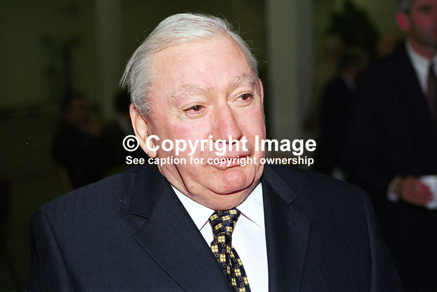 Des Hanafin, Fianna Fail, Senator, Rep of Ireland. Ref: 199811048..Copyright Image from Victor Patterson, 54 Dorchester Park, Belfast, UK, BT9 6RJ..Tel: +44 28 9066 1296.Mob: +44 7802 353836.Voicemail +44 20 8816 7153.Skype: victorpattersonbelfast.Email: victorpatterson@mac.com.Email: victorpatterson@ireland.com (back-up)..IMPORTANT: If you wish to use this image or any other of my images please go to www.victorpatterson.com and click on the Terms & Conditions. Then contact me by email or phone with the reference number(s) of the image(s) concerned.