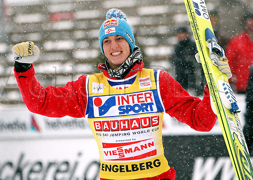 19.12.2009 Ski Nordic Cross-country skiing FIS World Cup, Rogla, Slovenia. Picture shows the cheering from Gregor Schlierenzauer AUT.