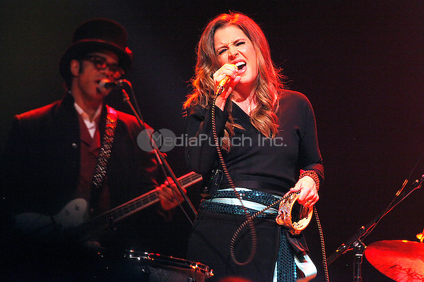 ATLANTIC CITY, NJ - NOVEMBER 10 :  Lisa Marie Presley performing at Trump Taj Mahal in Atlantic City, New Jersey on November 10, 2012  © Star Shooter / MediaPunch Inc