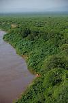 zodiac sur le fleuve omo vu depuis le village de Korcho