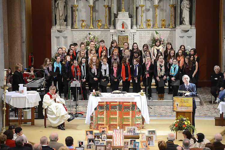 Former Govenor of Mountjoy Prison John Lonergan speaking at the annual SOSAD mass at the Augustinian church Drogheda. Photo:Colin Bell/pressphotos.ie