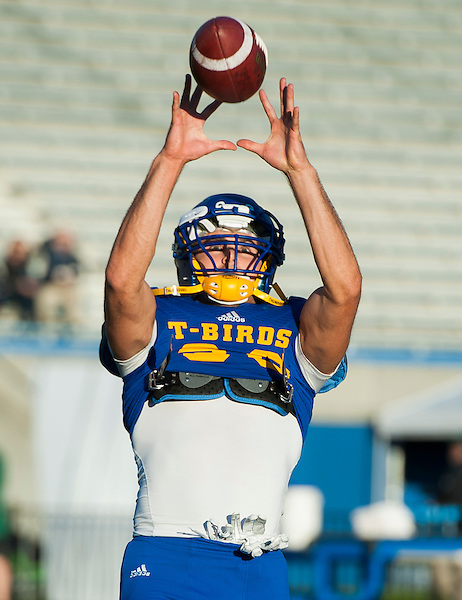 VANCOUVER,BC:SEPTEMBER 3, 2016 -- UBC Thunderbirds University of Alberta Golden Bears during CIS Canada West football action at UBC in Vancouver, BC, September, 3, 2016. (Rich Lam/UBC Athletics Photo) <br /> <br /> ***MANDATORY CREDIT***