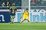 Solna 2014-03-31 Fotboll Allsvenskan AIK - IFK G&ouml;teborg :  <br /> AIK:s m&aring;lvakt Kyriakos Stamatopoulos sl&auml;pper in 0-2 av G&ouml;teborgs Malick Man&eacute; Mane i den andra halvleken<br /> (Foto: Kenta J&ouml;nsson) Nyckelord:  AIK Gnaget Solna IFK G&ouml;teborg Bl&aring;vitt