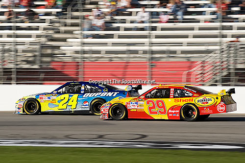 Oct 26, 2008; 4:23:22 PM;  Hampton, GA. USA; NASCAR Sprint Cup Series race at the Atlanta Motor Speedway for the  Pep Boys Auto 500.  Mandatory Credit: (thesportswire.net)