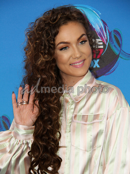 13 August 2017 - Los Angeles, California - Jude Demorest. Teen Choice Awards 2017 Arrivals held at The Galen Center in Los Angeles. Photo Credit: AdMedia
