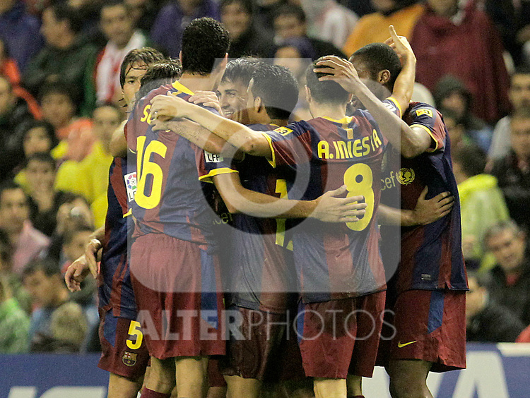 FC Barcelona's Carles Puyol, Sergio Busquets, David Villa, Pedro Rodriguez, Andres Iniesta, Xavi Hernandez and Seydou Keita celebrate goal during La Liga match.September 25,2010. (ALTERPHOTOS/Acero)