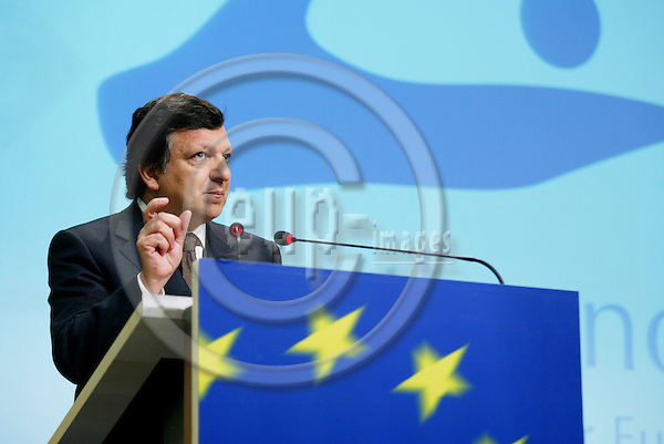 BRUSSELS - BELGIUM - 21 MARCH 2005 --Press conference by Jos? MANUEL BARROSO, President of the European Commission, in advance of the Brussels European Council, 22-23/03/05, on Growth and Jobs.--  PHOTO: ERIK LUNTANG / EUP-IMAGES