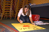 Cedar Rapids, IA - September 7, 2007 -- Kristen Fuzer, a campaign worker for the candidacy of former United States Senator Fred Thompson (Republican of Tennessee) prepares a poster for a Saturday rally at the the Cedar Rapids Marriott, Cedar Rapids, Iowa on Friday, September 7, 2007..Credit: Ron Sachs / CNP.(RESTRICTION: No New York Metro or other Newspapers within a 75 mile radius of New York City)