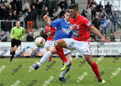 2013-12-15 / voetbal / seizoen 2013-2014 / ASV Geel - Antwerp / Davide Petrucci (r) (Antwerp) in duel met Kenneth Kerckhofs (l) (Geel)