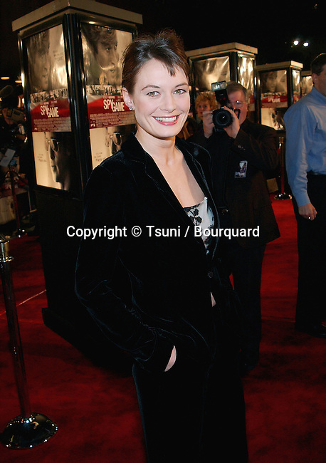 Catherine McCormack arriving at the premiere of Spy Game in Westwood Los Angeles. November19, 2001.          -            McCormackCatherine03.jpg