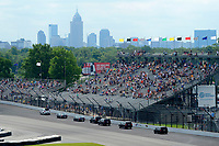 Verizon IndyCar Series<br /> Indianapolis 500 Race<br /> Indianapolis Motor Speedway, Indianapolis, IN USA<br /> Sunday 28 May 2017<br /> The motorcade of Vice-President Mike Pence move through south chute.<br /> World Copyright: F. Peirce Williams<br /> LAT Images