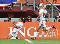 20170806 - ENSCHEDE , NETHERLANDS : Danish Nadia Nadim (L) celebrates her opening goal  pictured during the female soccer game between The Netherlands and Denmark  , the final at the Women's Euro 2017 , European Championship in The Netherlands 2017 , Sunday 6th of August 2017 at Grolsch Veste Stadion FC Twente in Enschede , The Netherlands PHOTO SPORTPIX.BE | DIRK VUYLSTEKE