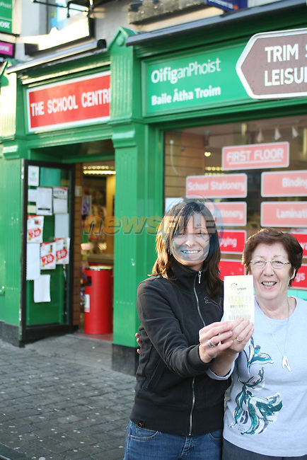 Agniesaka Tomaszewska and Mai Dunne of The School Centre Spar and Post Office in Trim where yesterdays winning Lotto Ticket was sold...Photo NEWSFILE/Jenny Matthews.(Photo credit should read Jenny Matthews/NEWSFILE)....This Picture has been sent you under the condtions enclosed by:.Newsfile Ltd..The Studio,.Millmount Abbey,.Drogheda,.Co Meath..Ireland..Tel: +353(0)41-9871240.Fax: +353(0)41-9871260.GSM: +353(0)86-2500958.email: pictures@newsfile.ie.www.newsfile.ie.FTP: 193.120.102.198.