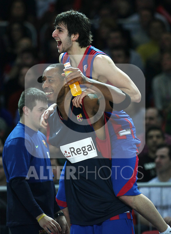 FC Barcelona's Ricky Rubio (r) and Terence Morris celebrate the victory after Spanish Basketball King's Cup Final match.(ALTERPHOTOS/Acero)