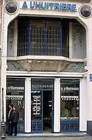 """Europe/France/Nord-Pas-de-Calais/59/Nord/Lille: Poissonnerie restaurant """"A l'Huitrière"""" rue des Chats Bossus"""