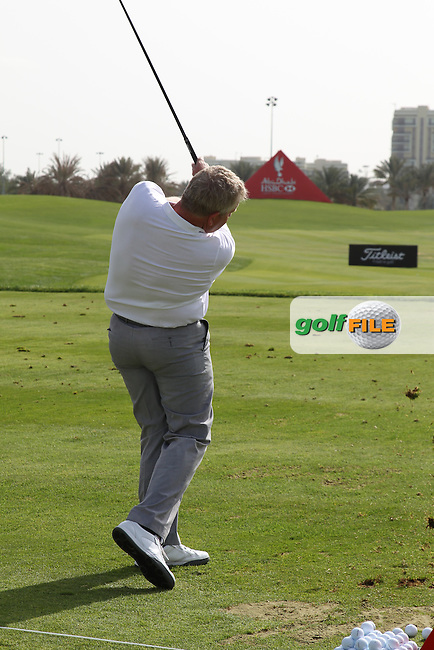 Colin Montgomerie (SCO) on the range during the Abu Dhabi HSBC Golf Championship 2013.Picture: Fran Caffrey / www.golffile.ie ..