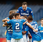 Danny Wilson celebrates with Kenny Miller