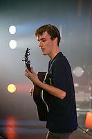 Tangi  OILLO guitare