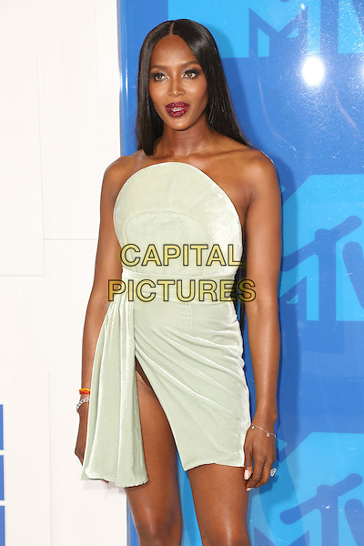 NEW YORK - AUGUST 28: Naomi Campbell arrives at the 2016 MTV Video Music Awards at Madison Square Garden on August 28, 2016 in New York City.<br /> CAP/MPI99<br /> &copy;MPI99/Capital Pictures
