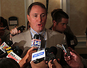 In his first public comments since UNC received its notice of allegations from the NCAA in June, North Carolina football coach Butch Davis said that he will release records of the business calls he made on his personal cell phone in response to a media public records request.