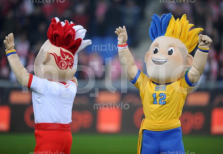 FUSSBALL INTERNATIONAL      17.11.2010 Freundschaftsspiel, Polen - Elfenbeinkueste MASKOTTCHEN zur EURO 2012 in Polen und der Ukraine