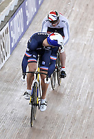 CALI – COLOMBIA – 01-03-2014: Michael D´Almeida (Izq.) de Francia y Jason Kenny (Der.) de Gran Bretaña en la prueba Embalaje Hombres 1/16 en el Velodromo Alcides Nieto Patiño, sede del Campeonato Mundial UCI de Ciclismo Pista 2014. / Michael D´Almeida (L) of France and Jason Kenny (R) of Great Britain during the test of Men´s Sprint 1/16 in Alcides Nieto Patiño Velodrome, home of the 2014 UCI Track Cycling World Championships. Photos: VizzorImage / Luis Ramirez / Staff.