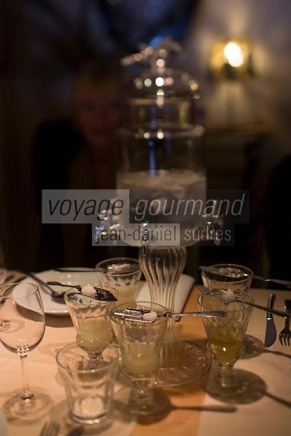 Europe/France/Franche Comté/39 /Jura/Lamoura: Service de l'Absinthe au  Restaurant: L'Anversis // France, Jura, Lamoura: Service at Absinthe Restaurant: The Anversis