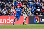 Jordan Moreno of SD Eibar (R) fights for the ball with Fayçal Fajr of Getafe CF (L) during the La Liga 2017-18 match between Getafe CF and SD Eibar at Coliseum Alfonso Perez Stadium on 09 December 2017 in Getafe, Spain. Photo by Diego Souto / Power Sport Images