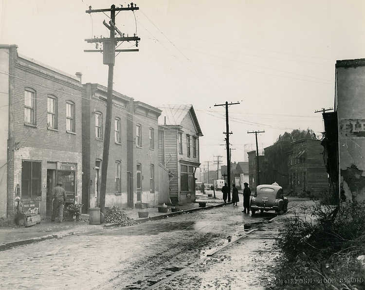 UNDATED..Redevelopment..Project#1 (UR1-1)...Slum Conditions..looking down Nicholson Street from Fifth (5th) Street..McIntosh Studio.NEG#copy PLW69-28-10, 11, 12.NRHA#271-B..