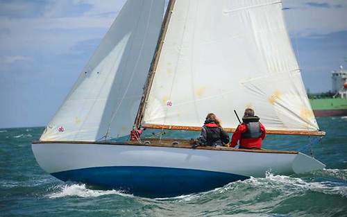 Alfred Mylne-designed Glen Class at the Royal St George YC