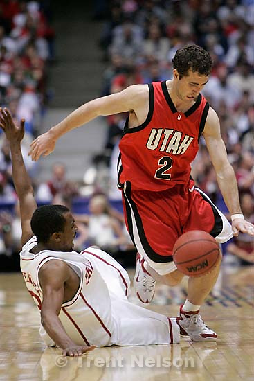Utah vs. Oklahoma, NCAA mens basketball tournament, at the University of Arizona. Utah wins.&amp;#xA;; 3.19.2005<br />