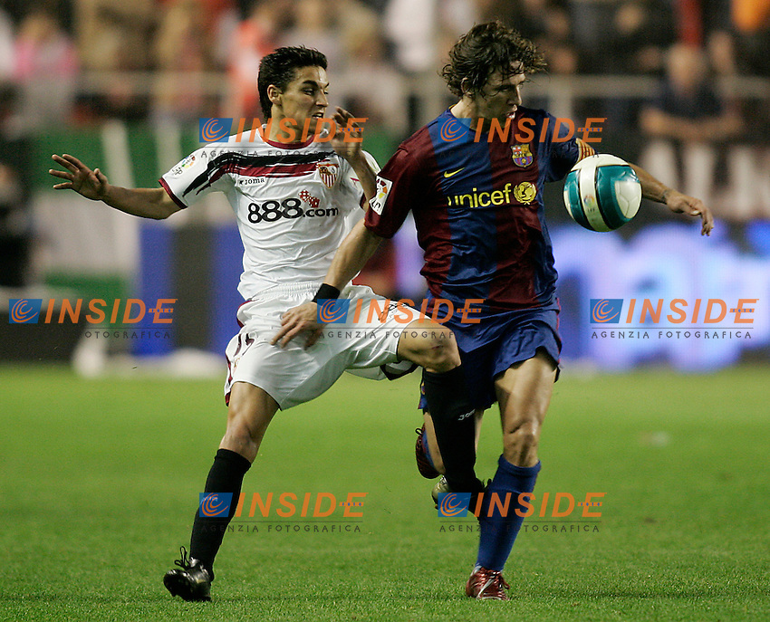 FC Barcelona's Carles Puyol and Sevilla's Jesus Navas during the Spanish League match between Sevilla  and FC Barcelona at Ramon Sanchez Pizjuan Stadium in Sevilla, Saturday March 03 2007. (INSIDE/ALTERPHOTOS/B.Echavarri). Siviglia Barcellona