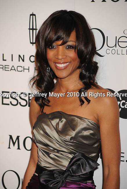 LOS ANGELES, CA. - March 04: Shaun Robinson arrives at the 3rd Annual Essence Black Women In Hollywood Luncheon at the Beverly Hills Hotel on March 4, 2010 in Beverly Hills, California.