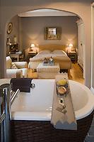 Europe/France/Aquitaine/24/Dordogne/Lamonzie-Montastruc: Maison d'Hôte: Le Moulin de Peychenval - détail d'une chambre