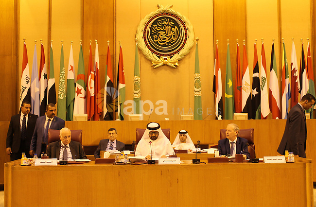 Delegates take part in a meeting in the Arab League's headquarters in the Egyptian capital, Cairo, on Oct. 13, 2015. Photo by Amr Sayed