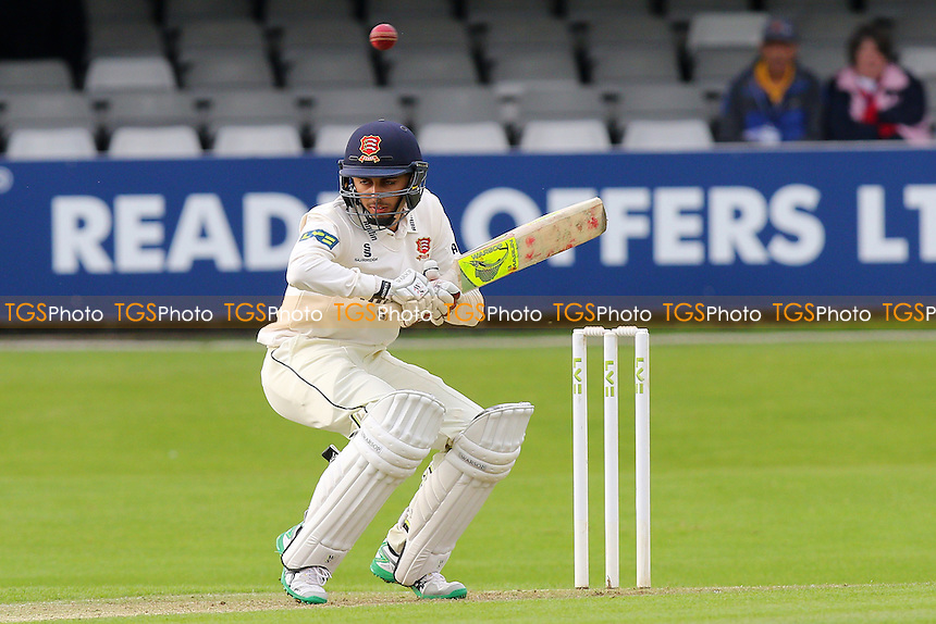 Aron Nijjar in batting action for Essex - Essex CCC vs Leicestershire CCC - LV County Championship Division Two Cricket at the Essex County Ground, Chelmsford, Essex - 31/05/15 - MANDATORY CREDIT: Gavin Ellis/TGSPHOTO - Self billing applies where appropriate - contact@tgsphoto.co.uk - NO UNPAID USE