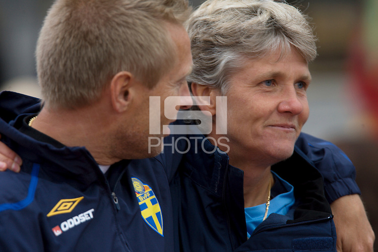 USA head coach, Pia Sundhage, stands with Sweden head coach Thomas Dennerby during the match against Sweden, Landskamp, Sweden, July 5th, 2008.