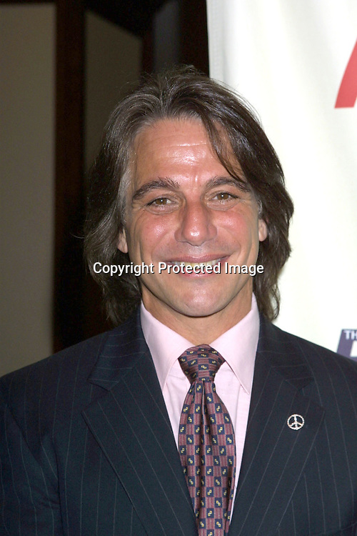 ©2003 KATHY HUTCHINS/ HUTCHINS PHOTO.RACE TO ERASE MS GALA.CENTURY CITY, CA.MAY 9, 2003..TONY DANZA