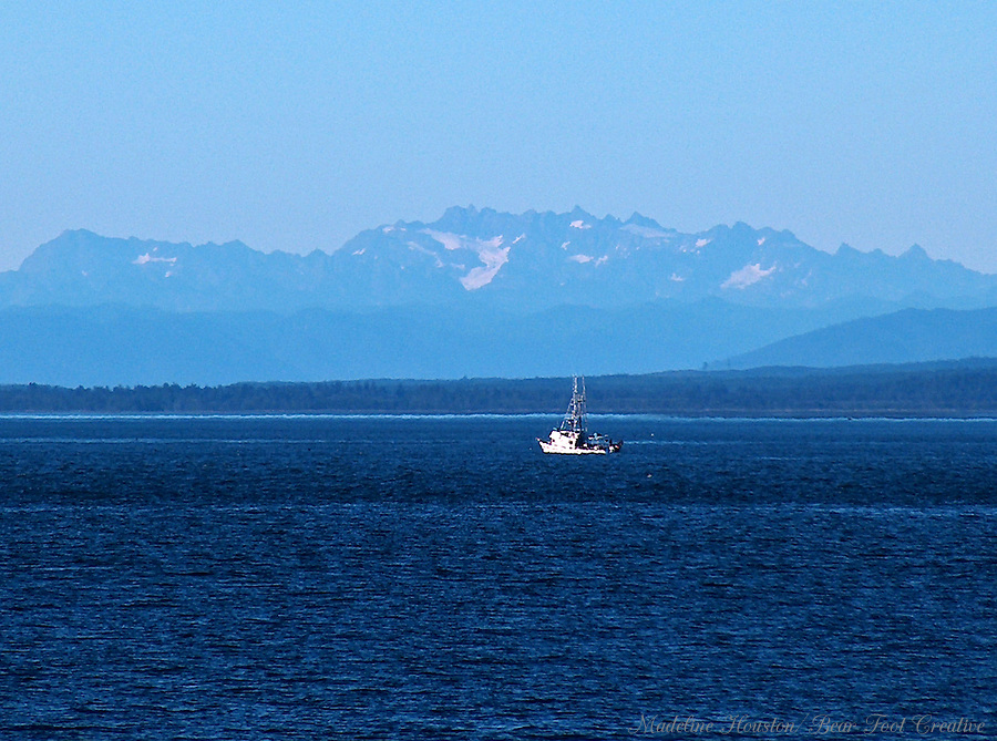 The Olympic Mountains and Grays Harbor as viewed from Westport, Washington, USA.
