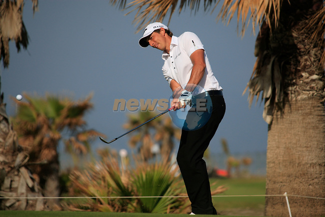 Jamie Elson (ENG) chips onto the 16th green during Day 3 Saturday of the Open de Andalucia de Golf at Parador Golf Club Malaga 26th March 2011. (Photo Eoin Clarke/Golffile 2011)