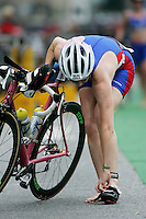 02 SEP 2007 - HAMBURG, GER - Elizabeth Bullivant (GBR) - World Age Group Triathlon Championships. (PHOTO (C) NIGEL FARROW)