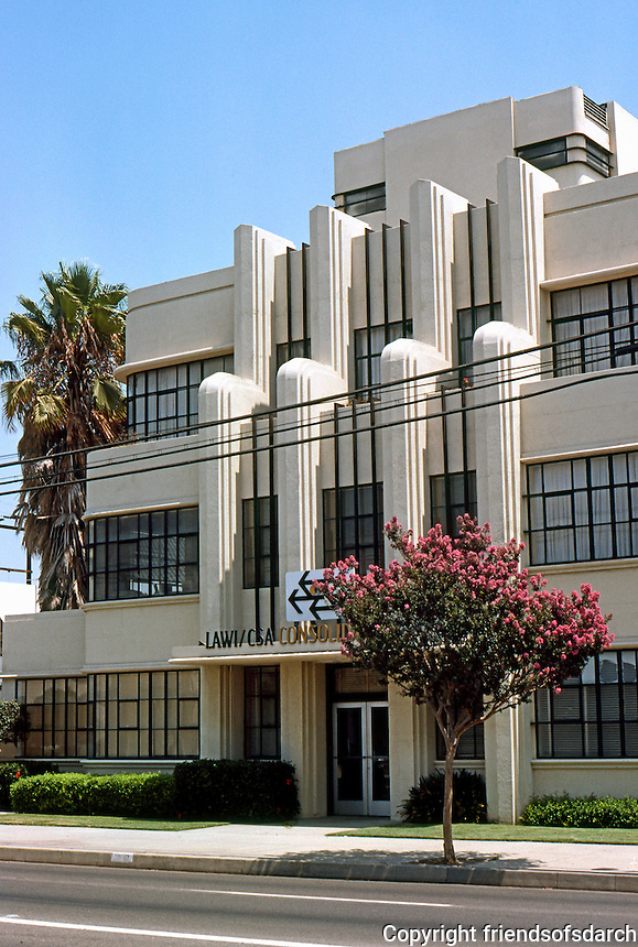 Los Angeles: Winnie & Sutch Building, 5610 S. Soto, Huntington Park. 1935   Photo '85.
