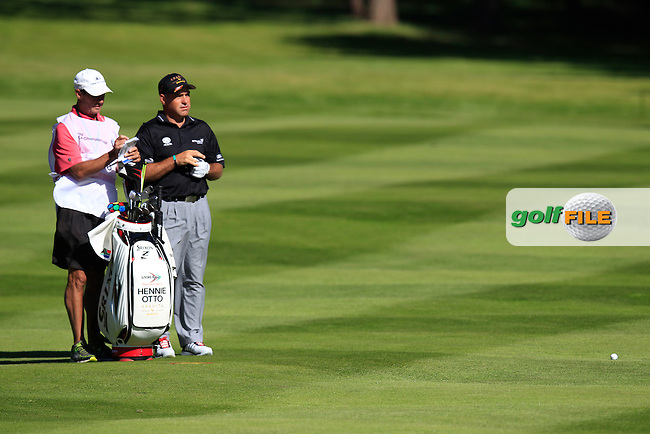 Hennie OTTO (RSA) during round 1 of the 2015 BMW PGA Championship over the West Course at Wentworth, Virgina Water, London. 21/05/2015<br /> Picture Fran Caffrey, www.golffile.ie: