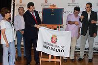 SAO PAULO, SP, 04 DEZEMBRO 2012 - PREFEITO GILBERTO KASSAB - REABERTURA DA BIBLIOTECA CARLOS SANTOS - O Prefeito Gilberto Kassab participa na manhã desta terça-feira (04), da reabertura da Biblioteca e Cimena Carlos Santos na rua Cisplatina, no bairro do Ipiranga região sul de São Paulo.(FOTO: AMAURI NEHN / BRAZIL PHOTO PRESS).