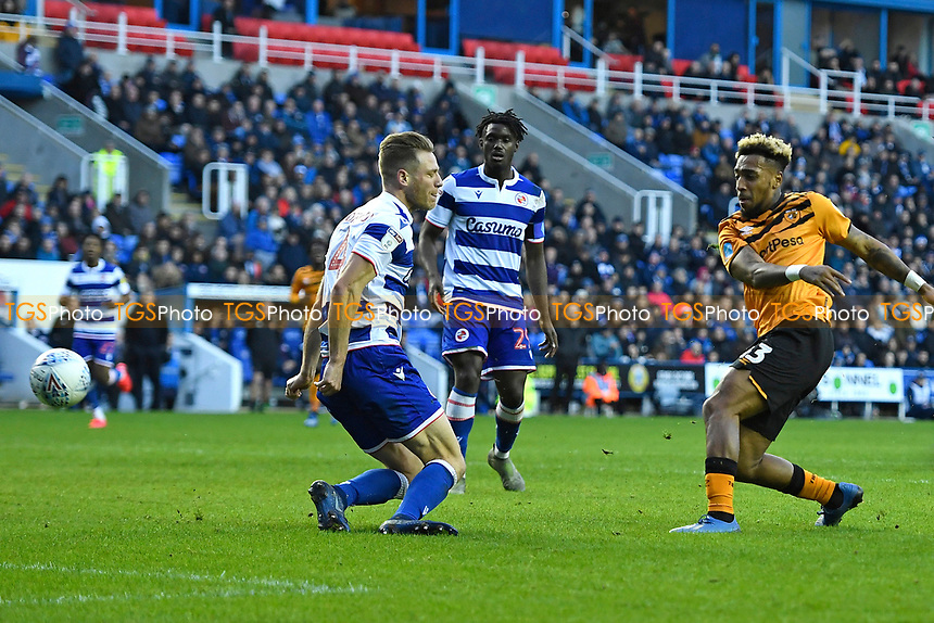 Malik Wilks of Hull City right scores to make the score 1-1  during Reading vs Hull City, Sky Bet EFL Championship Football at the Madejski Stadium on 8th February 2020