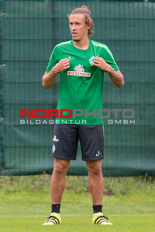 04.08.2016, Trainingsgelaende, Bremen, GER, 1.FBL, Training Werder Bremen<br /> <br /> im Bild<br /> Max Kruse (Bremen #10), <br /> <br /> Foto &copy; nordphoto / Ewert