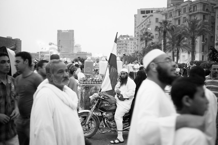 Egypt/ Cairo / 20.4.2012 / Salafi supporters of Abu Ismail, the Islamist candidate eliminated by the Electoral Commission before the presidential elections, demonstrate in Tahrir Square. April 20th, 2012. Cairo, Egypt.<br /> <br /> © Giulia Marchi