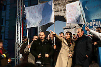 Roma 4 Marzo 2010.Manifestazione con Renata Polverini in piazza Farnese  Pdl Lazio per sostenere la battaglia per il reinserimento delle liste escluse dalle Regionali. Renata Polverini con Domenico Gramazio