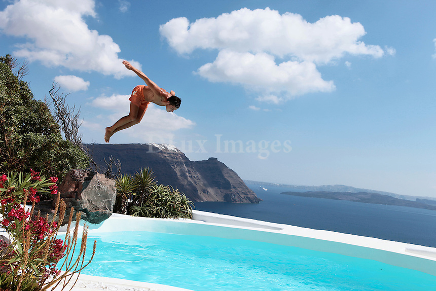 dive into swimming pool